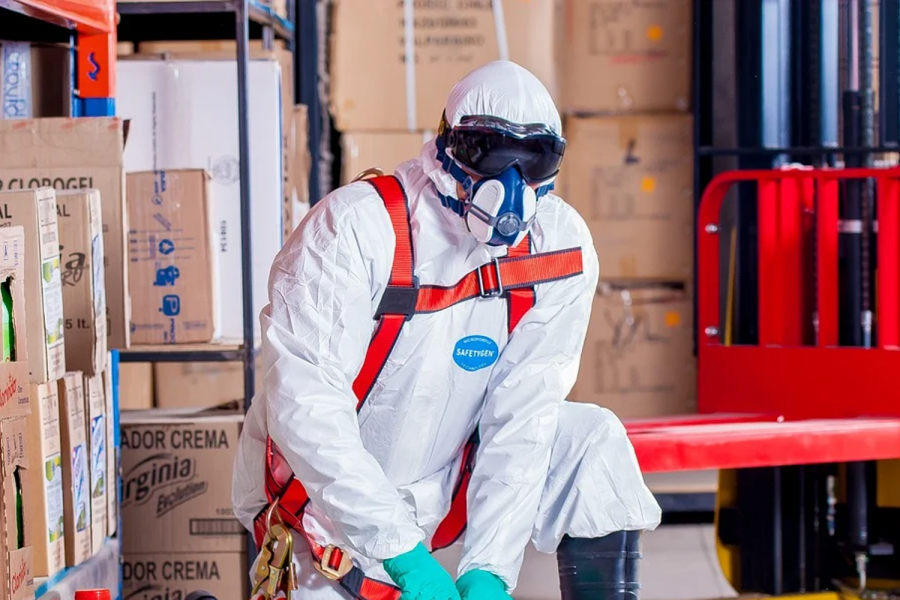 Protección materiales con amianto.